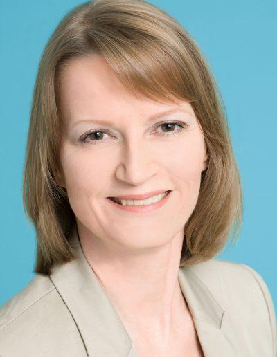 Gudrun Humel 400x516 - Presse