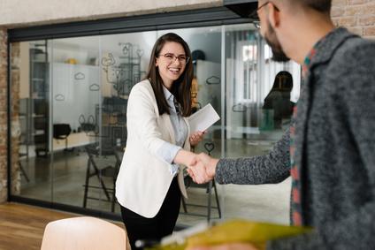 AMS fördert ersten Mitarbeiter
