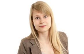 Vanessa Krug ist diplomierte Steuersachbearbeiterin/Bilanzbuchhalterin
