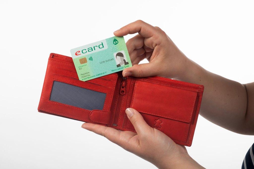 Die E-Card kommt mit Foto