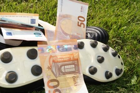 Pauschale Reiseaufwandsentschädigung (PRAE) steuerfrei auch ohne Einsatztag